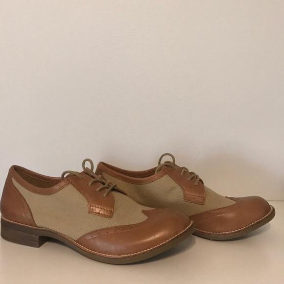 ec8e441ea9 NWOT Gianni Bini Oxford Leather & Fabric Shoes 7.5
